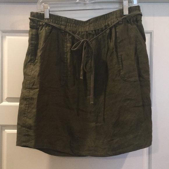 LOFT Dresses & Skirts - Loft sz M Olive utility skirt
